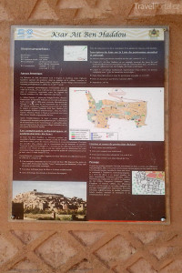 informační cedule v Ait Ben Haddou
