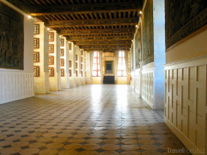 chodba zámku Brissac