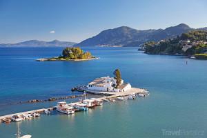 klášter a Myší ostrov u ostrova Korfu