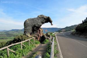 Sloní skála na Sardinii