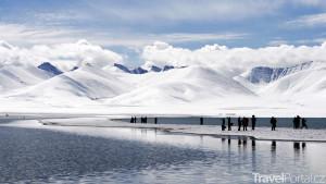 V Tibetu vyroste nejvýše položené lyžařské středisko na světě.