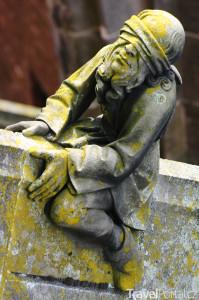 socha na katedrále ve městě 's-Hertogenbosch