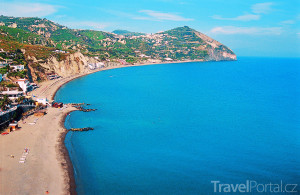pobřeží ostrova Ischia