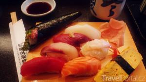 různé druhy sushi