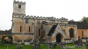 kostel v Bibury