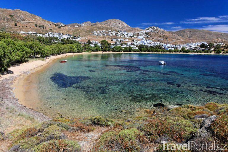 pláž na ostrově Serifos