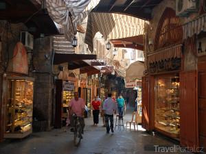 trh v Tripolisu