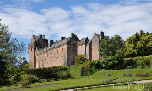 hrad Brodick Castle