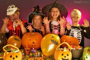 děti slaví Halloween