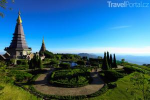 chrám na hoře Doi Inthanon