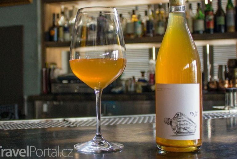 oranžové víno