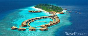 pohled na Maledivy z hydroplánu