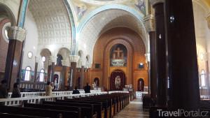 vnitřek kláštera