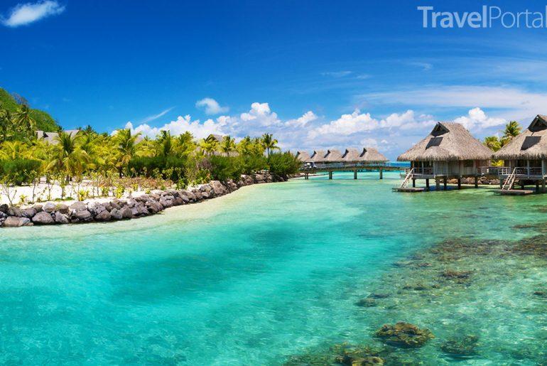 rezort v Belize