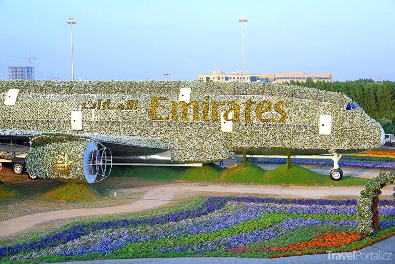 největší květinová instalace