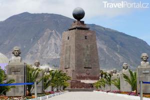 památník Mitad del Mundo
