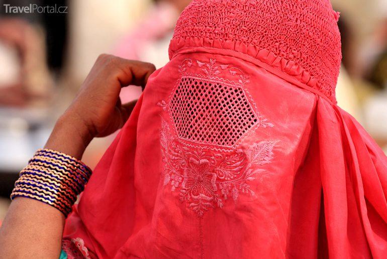 Maroko 2017? Zákaz výroby, prodeje a nošení burek!