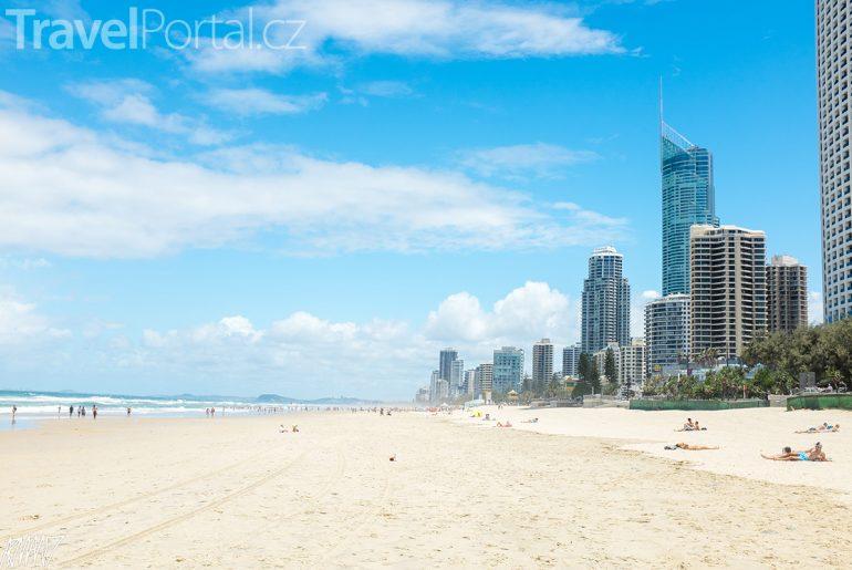 pláž u města Gold Coast
