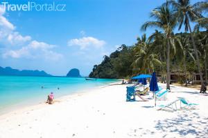 pláž na ostrůvku Koh Hai