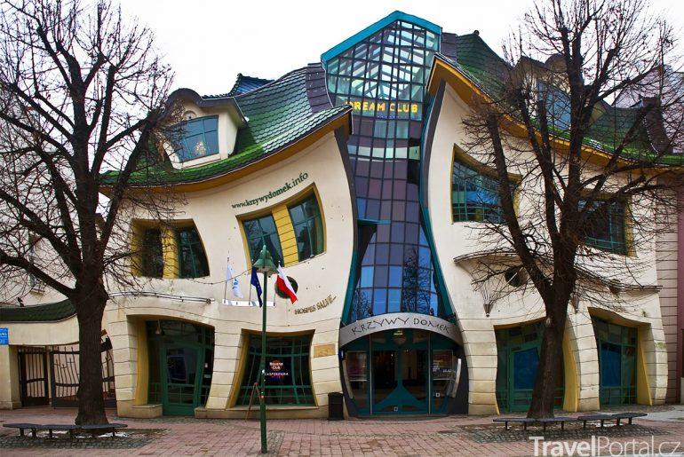 Krzywy Domek neboli Křivý dům