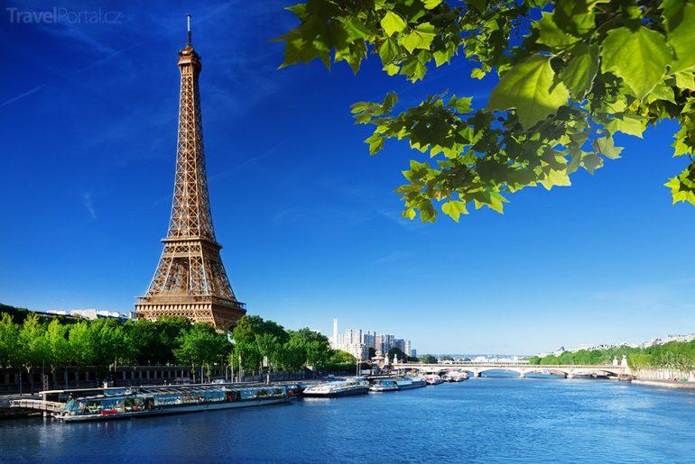 kolem Eiffelovky vyroste skleněná stěna