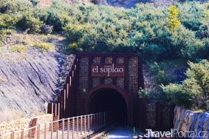 vchod do jeskyně El Soplao
