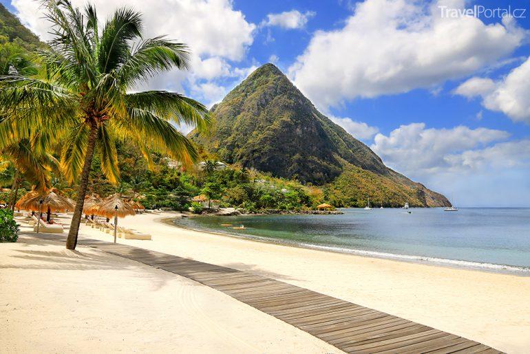 pláž na ostrově Svatá Lucie