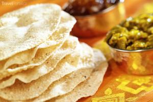 mezi srílanská jídla se řadí i papadam