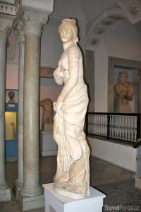 socha v muzeu Bardo