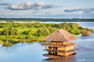 domek v povodí Amazonky
