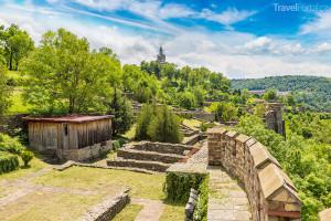 pevnost Tsarevets neboli Carevec ve městě Veliko Tarnovo