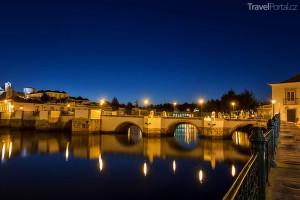 římský most ve městě Tavira