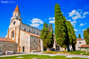 bazilika ve městě Aquileia
