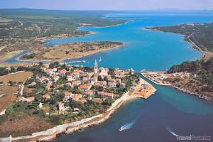 město Osor na ostrově Cres