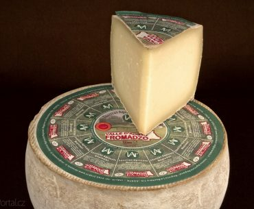 sýr Valle d'Aosta Fromadzo z Údolí Aosty