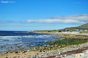 pláž u města Dooagh