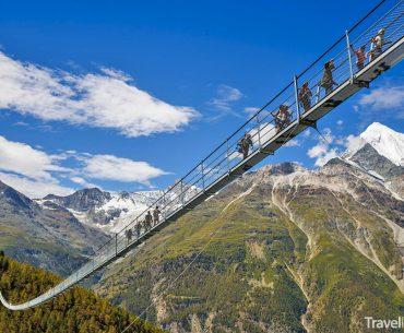 nejdelší visutý most na světě