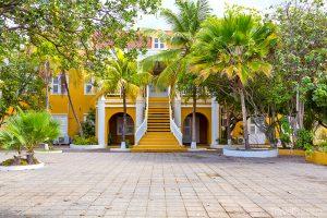 vládní budova na Bonaire