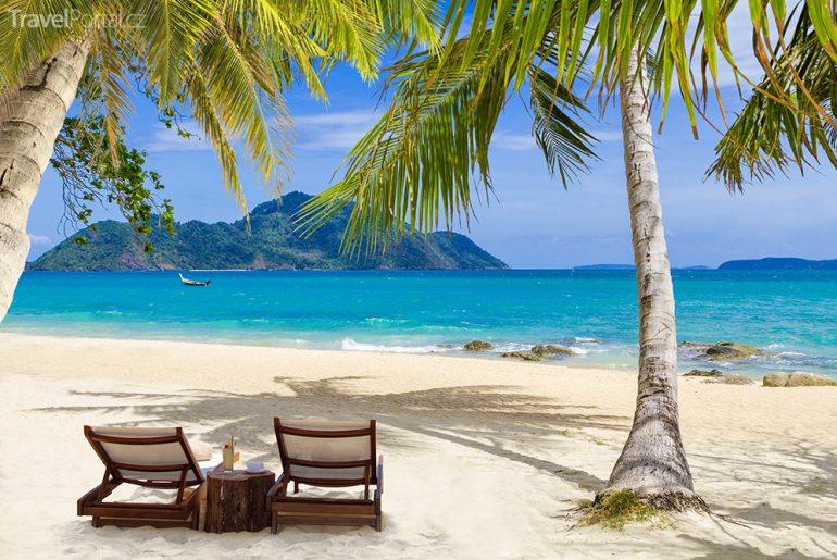 thajské pláže - Laem Ka na Phuketu