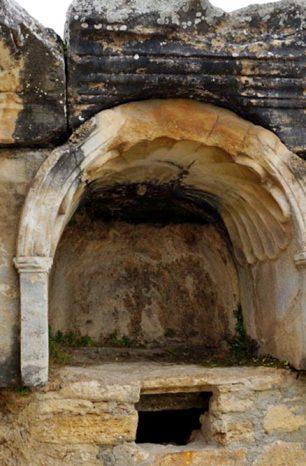 Plutonium: Brána do pekla, která je součástí Hierapolisu