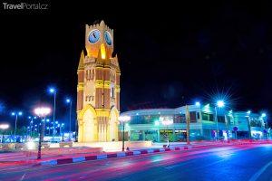 město Sharm El Sheikh v noci