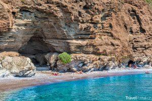 pláž Lycodimou na ostrově Kythéra