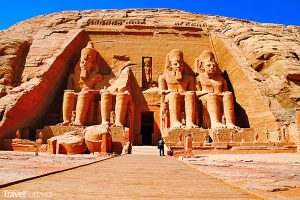 otravní prodejci suvenýrů už nebudou pobíhat kolem chrámů v Abú Simbel