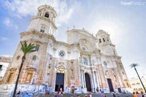 katedrála ve městě Cádiz