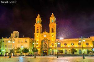 kostel San Antonio v Cádizu
