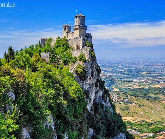 San Marino: Třetí nejmenší stát Evropy symbolizují tři prastaré věže