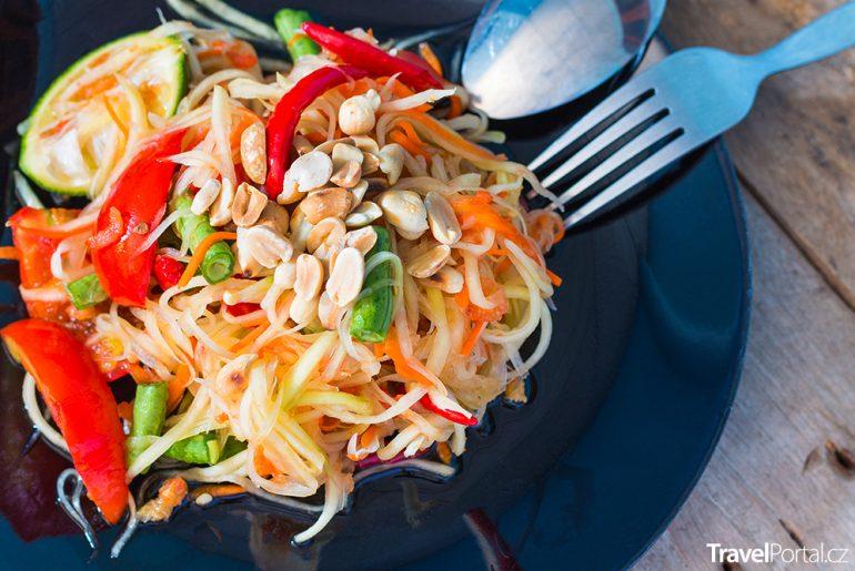 thajský salát Som Tam Thai