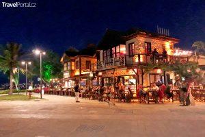 restaurant v Side
