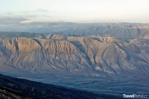 výhled z vulkánu Ol Doinyo Lengai