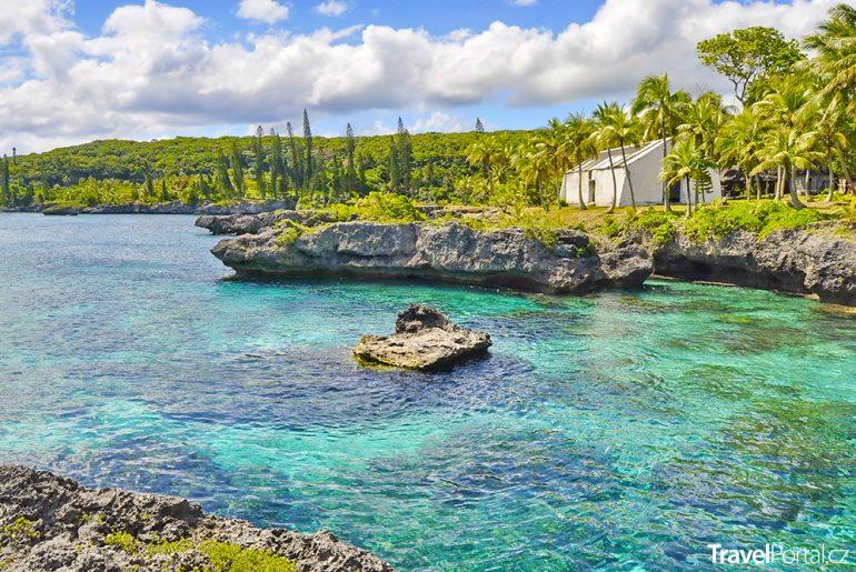 laguna na ostrově Maré